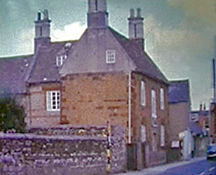 Denton's Farm in the High Street - photo taken early 1960s