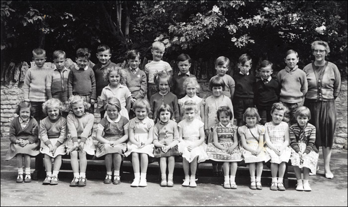 St Mary's School, Burton Latimer Mrs Hart's Class 1960-61