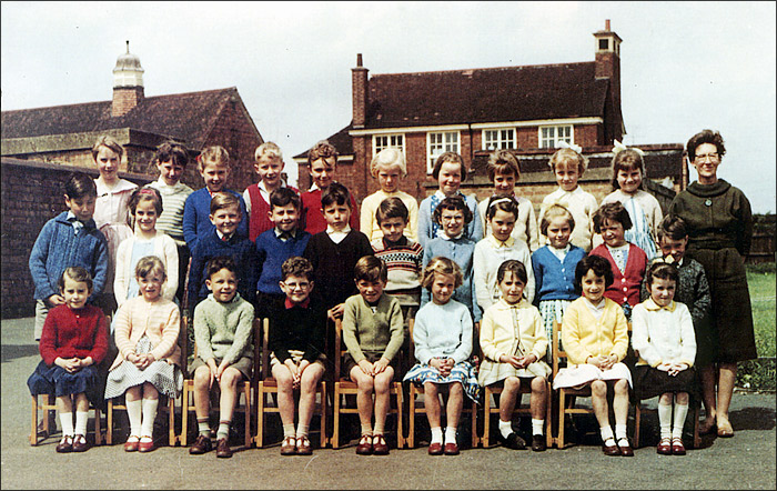 Burton Latimer Council Infants School - Mrs Williams' Class 1963