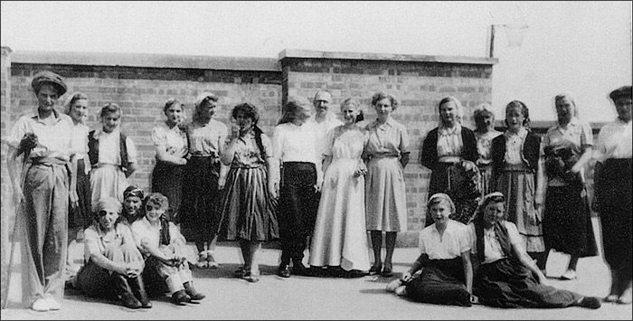"Burton Latimer Council Junior School - ""Beggars Opera"" cast 1949-50"
