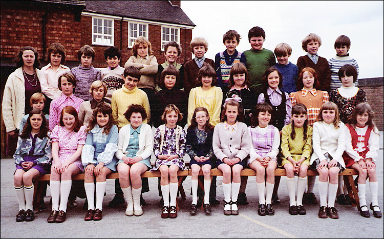 Burton Latimer - Education: Council School - Mrs Smyth's Class 1972-3