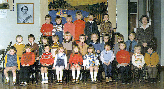 Meadowside Infants School - Mrs Cleaver's Class c1975