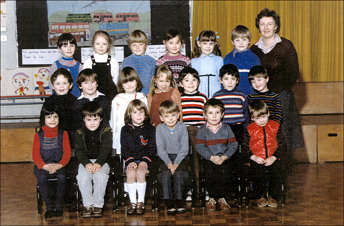 Meadowside Infants School - Mrs Cleaver's Class 1983