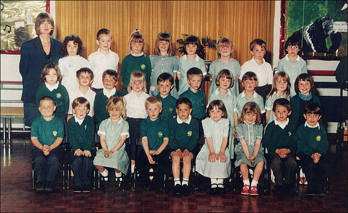 Meadowside Infants School - Mrs Phillips' Class 1993