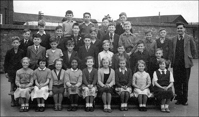 Burton Latimer Council School - Mr Norton's Class c.1954