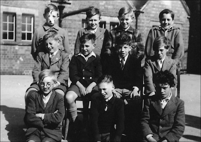 Burton Latimer Council School - playground group 1949