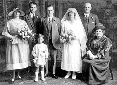 Marriage of Kathleen Mary Bailey to Walter Miller in 1925 at Burton Latimer Baptist Chapel