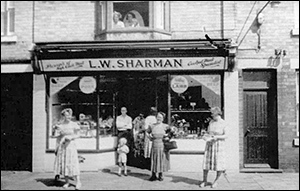 The premises at 119 High Street occupied by Les Sharman before his move to 3 Duke Street
