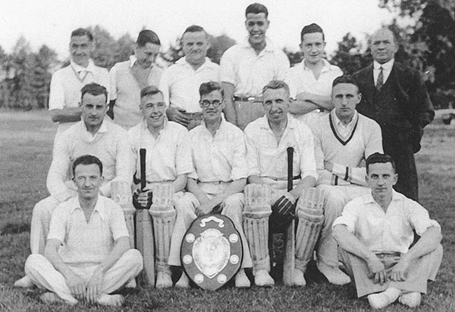 Thornloe & Clarkson Works Team 1935